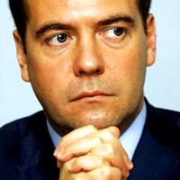 Гайдар и то был более вменяем, чем Медведев